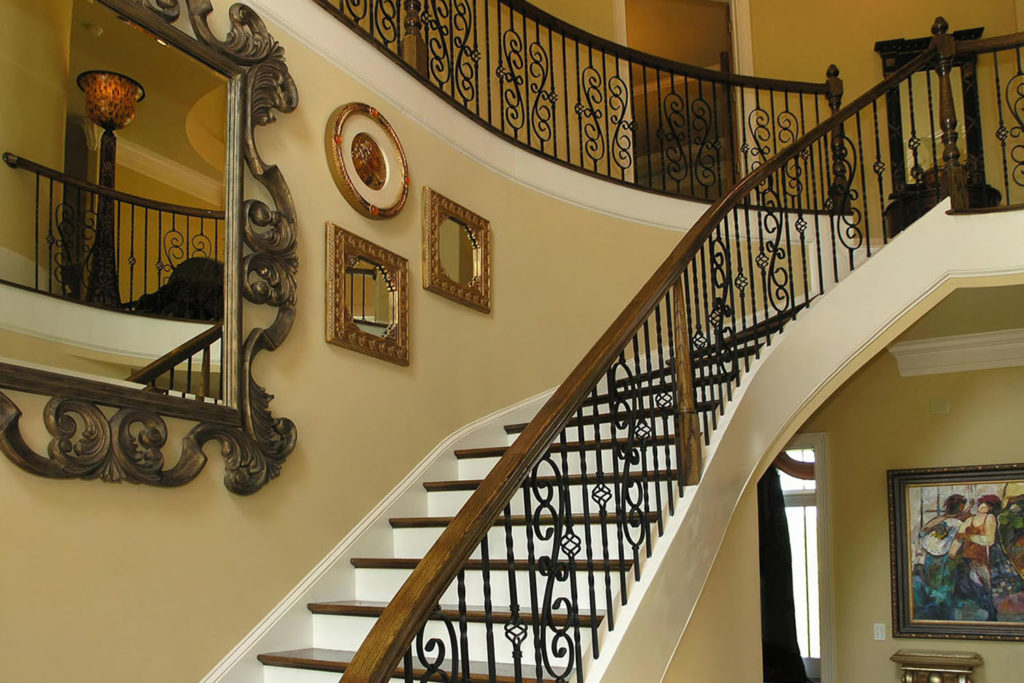 パーキンソン病の方は、歩くより階段の方が楽